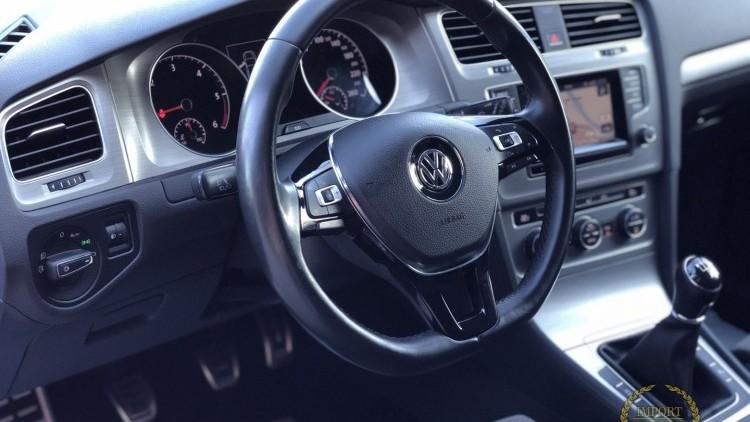 Volkswagen Golf VII Highline 1.6 TDi 110cv RESERVADO